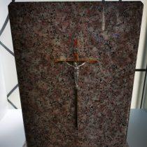 Urnos iš akmens. Kremavimo paslaugos
